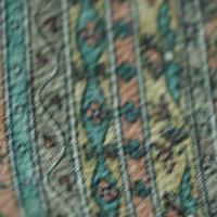 【袷】斜め縞 さらさ布柄 小紋 5k74