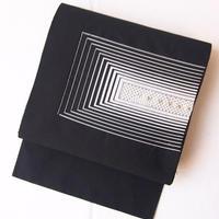 【夏なごや帯】ブラック×シルバーカラー 幾何学ポイント柄 絽綴れ 名古屋帯