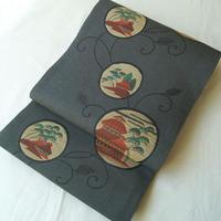 【ふくろ帯】  チャコールグレー地 丸文に唐草 洒落袋帯