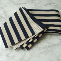 【半幅帯】濃紺×生成り色 縞文 リバーシブル  仕立ておろし半幅帯