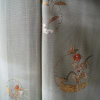 【夏・絽】薄山葵色 雪輪に秋草文 刺繍付下げ