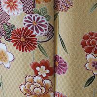 【袷】トールサイズ・砥の粉色に菊と桜文小紋
