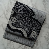 【なごや帯】モノトーン系縫い絞りに辻が花柄なごや帯