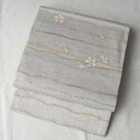 お取り置き中【夏ふくろ帯】ライトグレー系 変わり横段に桜花 紗 袋帯