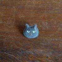 猫ブローチ サバトラ 顔2