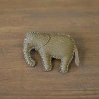 ブローチ ゾウ