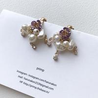 Glass flower earring