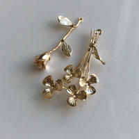 bouquet pierce & earring