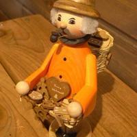 Kuhnertクーネルト工房のスモーカークッキー売り