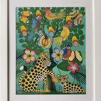 ティンガティンガアート「 チーターの親子とアフリカの鳥と蝶~ホワイト」 by ルーカス