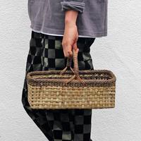 沢胡桃のかごバッグ  表皮×裏皮 33cm幅  ワンハンドル 横長シルエット