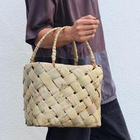沢胡桃のかごバッグ 市松斜め編み 表皮 バスケット 素朴な雰囲気
