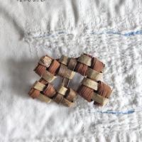 沢胡桃×山葡萄のブローチ/ 小さめサイズ /ozbro-125