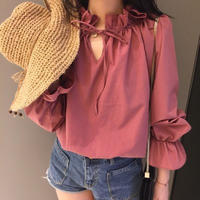 balloon sleeve frill blouse