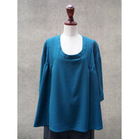 1304-01-203 Pin Tuck Top