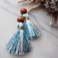 gradiation  blue tassel