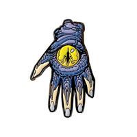 【Invasion club】CHAPIのモンスターハンドピンバッチ(爪は蓄光!)