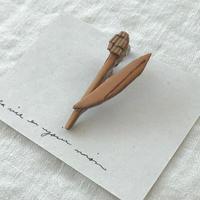 ninon・白樺ブローチ(チューリップ)