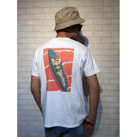 TES MOTEL PUTS THE SURF TEE-B