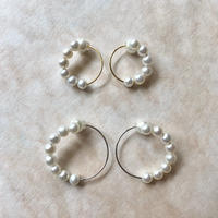 Earring pierce 8 pearls