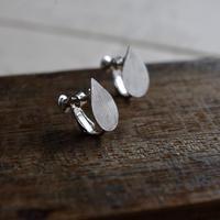 vue.記憶「tubomi」イヤリング/silver