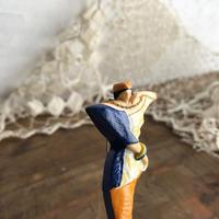 モダン婦人ヴィンテージブローチ〈プラスチック〉
