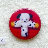 『綿入玩具大流行世界』缶バッジ (no.4)おいのりシスターズ