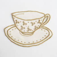 テルセイラ島の刺繍のコースター/ティーカップ(ベージュ)
