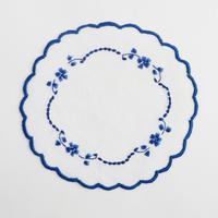 サン・ミゲル島の刺繍のコースター/青い花A