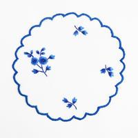 サン・ミゲル島の刺繍のコースター/青い花B