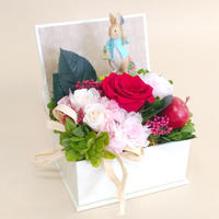 【プリザーブドフラワー】絵本ボックス/ピンク/ピーターラビット・ガーデニング