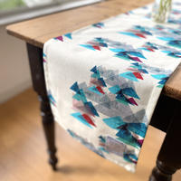 新商品*テーブルに彩りを*180cm×30cm  テーブルランナー【山】エメラルド