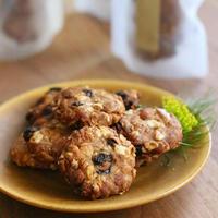 玄米粉とライ麦のオートミールクッキー