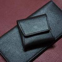 スマートなレザーコインケース シェーブル/ブラック