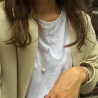 long p necklace