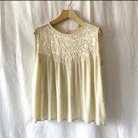 Zuri Embroidery tops