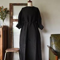 asabito タック七分袖ワンピース