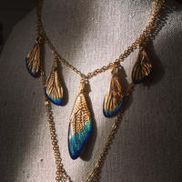 【蝉】Cicada Necklace - 5 Gold Blue -