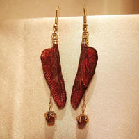 【トンボ】Dragonfly Pierce - Deep Red -