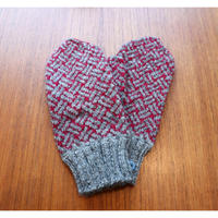 handknitted mitten from Sweden  grey/burgundy