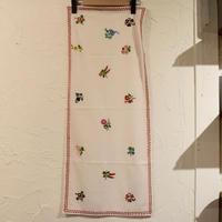ハンガリー カロチャ刺繍 テーブルクロス 小花
