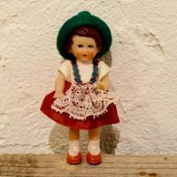旧東ドイツ 緑帽子の女の子 リデラー社