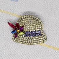 チェコ ガラスラインストーンブローチ 帽子
