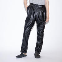 my beautiful landlet FAKE LEATHER TUCK PANTS