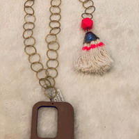 Wood top necklace B