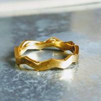 波型 ウェーブ ギザギザ 指輪ゴールドリング