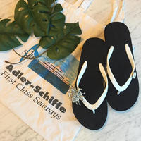 Two Tone Wedges Black×White Tropical Style