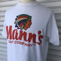 Mann's BAIT COMPANY プリントTシャツ