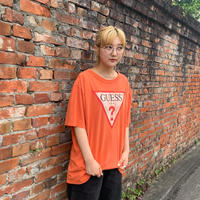 GUESSロゴTシャツ