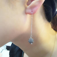 ラインストーンパヴェチェーンピアス(ブラックダイヤモンド)